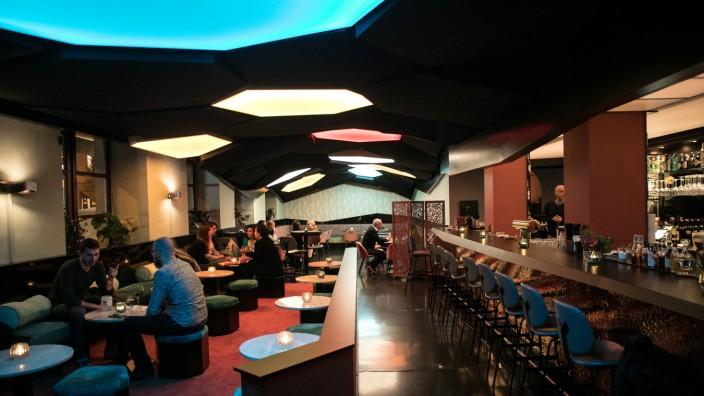 Faressa-Bar in der Theresienstraße 93