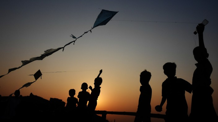 Taiwan: Kinder lassen Drachen steigen. (Symbolbild)