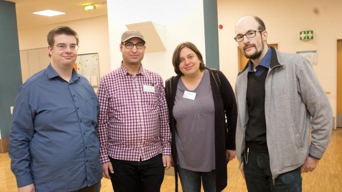 """Podiumsdiskussion auf Autismus-Messe zum Thema: Menschen mit ASS âÄ"""" Wie stellen Sie sich Ihre Zukunft vor?"""