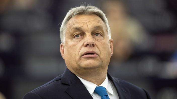 Pressefreiheit in Ungarn: Unter Viktor Orbán wird nun auch der letzte Anschein von Pluralität in der Medienlandschaft getilgt.