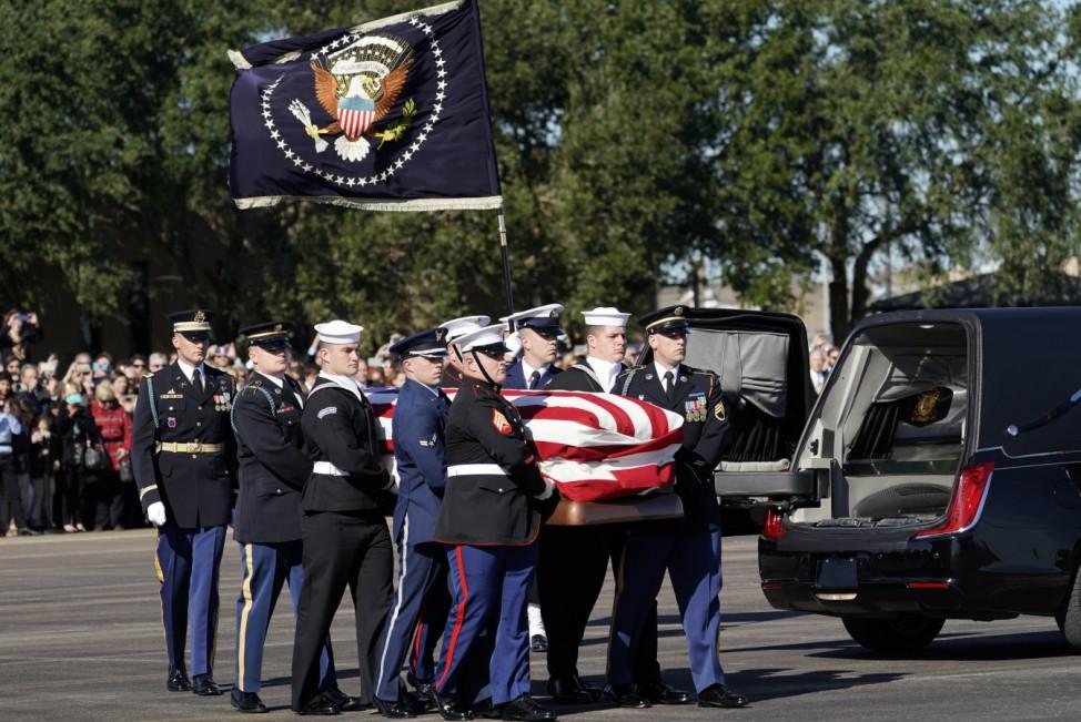 Bush Leichnam Washington Air Force One