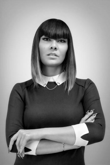 """Außenansicht: Reyhan Şahin, 38, hat über die """"Bedeutung des muslimischen Kopftuchs in Deutschland"""" promoviert. Als Rapperin ist sie unter dem Namen """"Lady Bitch Ray"""" bekannt."""