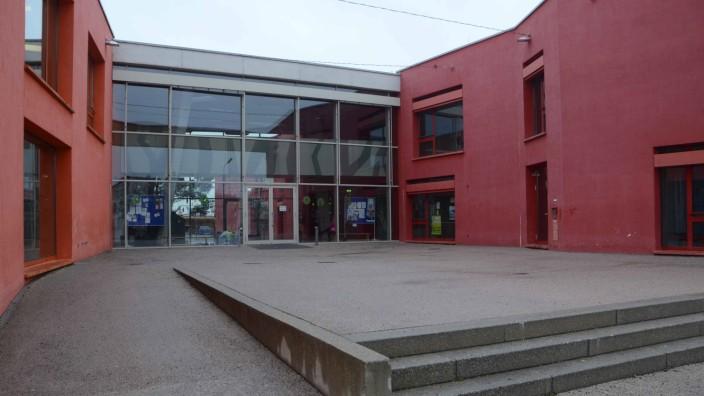 Kritik an Erhöhung der Kreisumlage: Auch für den Ausbau der Grundschule Augustenfeld muss die Stadt Dachau ordentlich Geld in die Hand nehmen.