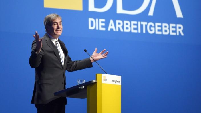 Arbeitgeber-Chef Ingo Kramer spricht auf dem Deutschen Arbeitgebertag