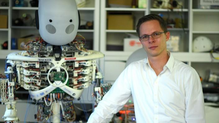 Am Gründerzentrum der TU kümmert sich Andreas Liebl um Projekte zu künstlicher Intelligenz.