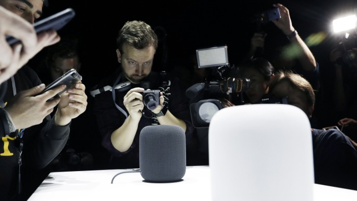 Apple - HomePod Release 2017