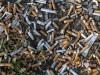 Zigarettenstummel liegen am 28 08 2018 auf einem Rasthof der Bundesautobahn A 4 auf dem Boden sear