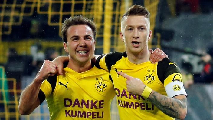 Bundesliga - Borussia Dortmund v Borussia Moenchengladbach