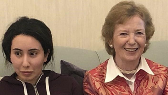 Latifa bint Mohammed Al Maktoum, Mary Robinson
