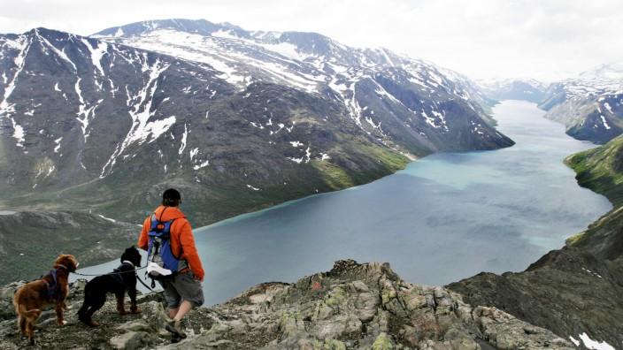 NORWAY-MOUNTAIN-TOURISM-VOTE