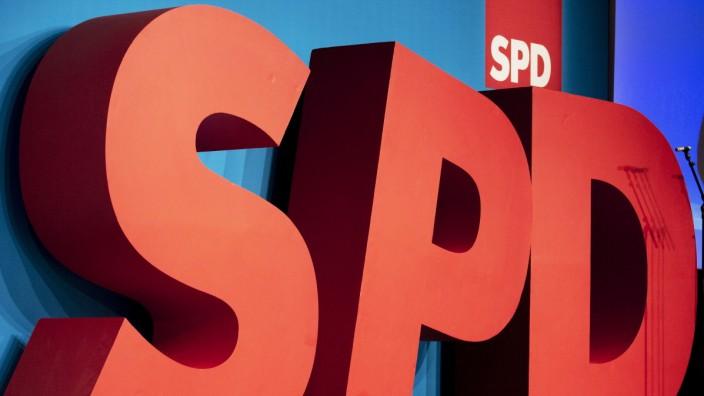 SPD-Logo beim Landesparteitag der Berliner SPD 2018