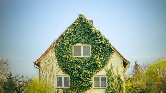 Ein Familienhaus *** Detached house PUBLICATIONxINxGERxSUIxAUTxONLY photocase_1601773