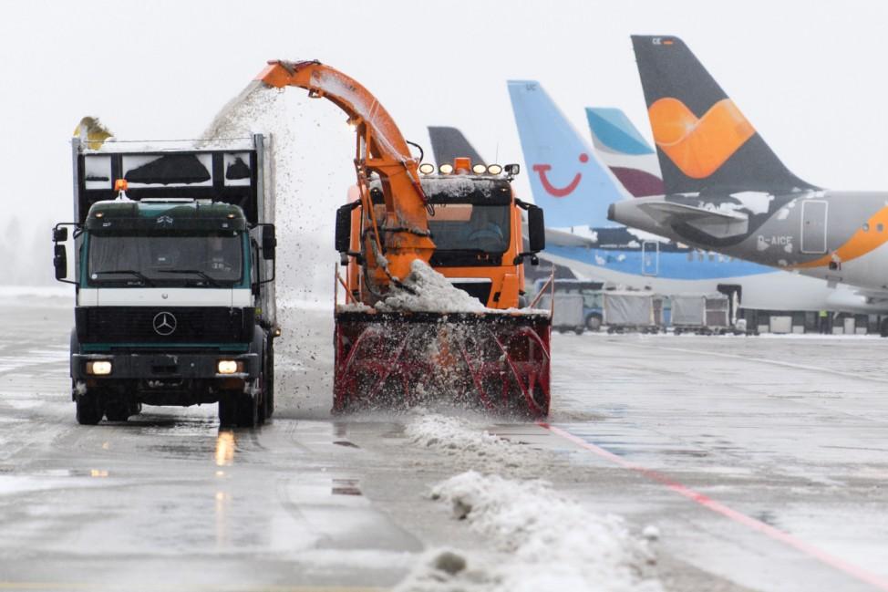 Winter am Flughafen in München