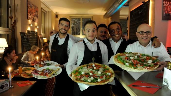 Mille Miglia: Superdünner Boden mit krossem Rand und süßwürziger Tomatensoße macht die Pizzen aus.
