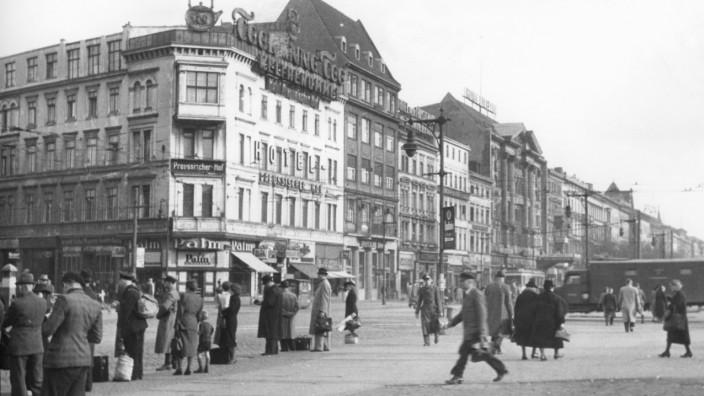 Öffentliches Leben 1943-1945 - Verschiedenes -