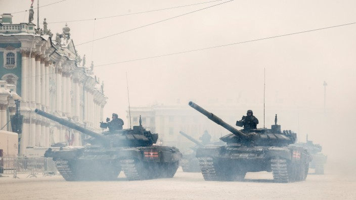 Russian army servicemen attend the parade to mark 75 years since Leningrad siege was lifted during the World War Two, in Saint Petersburg