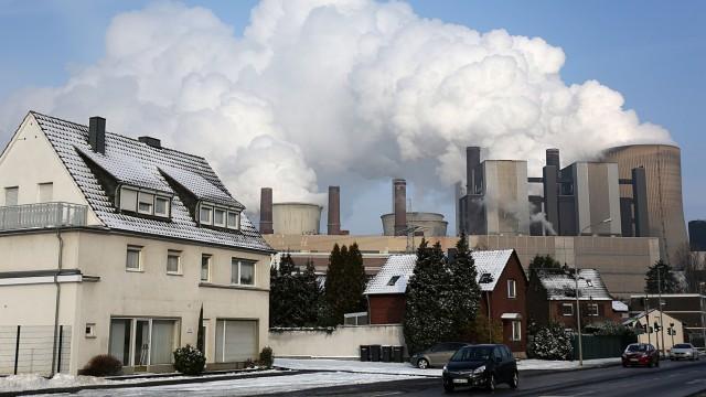 Braunkohlekraftwerk Niederaußem in Nordrhein-Westfalen