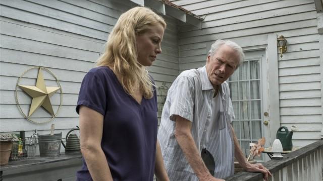 """""""The Mule"""" im Kino: Clint Eastwood spielt einen Mann, der seine Tochter um Vergebung bitten muss - und hat dafür gleich seine eigene Tochter Alison besetzt."""