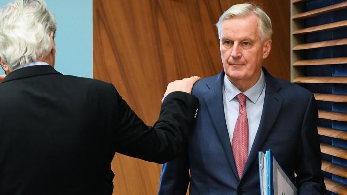 Big Four: Immerhin probiert: Der damalige EU-Kommissar Michel Barnier hatte die Reform 2011 angekündigt. Jetzt ist er in Brüssel für den Brexit zuständig.