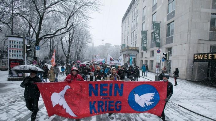 Demonstration gegen 54. Münchner Sicherheitskonferenz, 2018