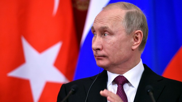 Russian President Putin meets with his Turkish counterpart Erdogan in Moscow