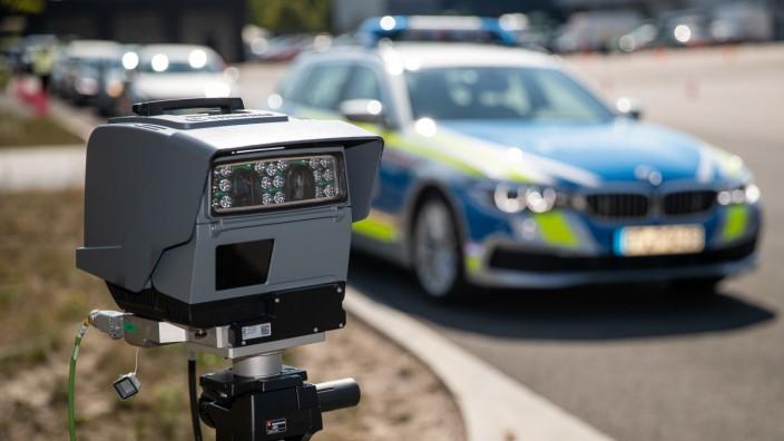 Automatische Erfassung von Fahrzeug-Kennzeichen