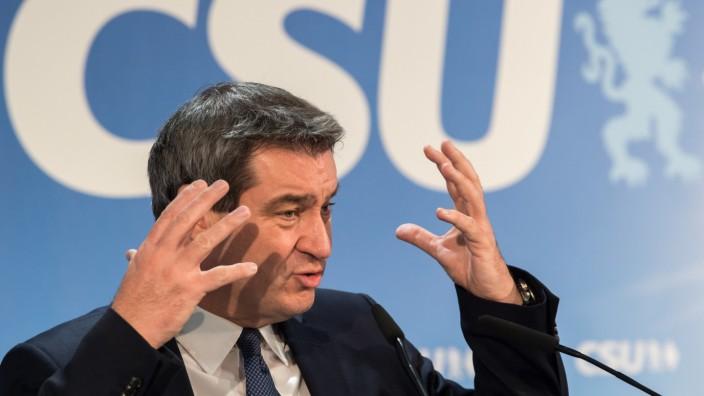 Ministerpräsident Markus Söder will als Reaktion auf den großen Zuspruch zum Volksbegehrens eine Konsensrunde einrichten.