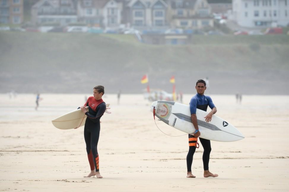 Surfen: Quicksilver Open; Fistral Beach Cornwall