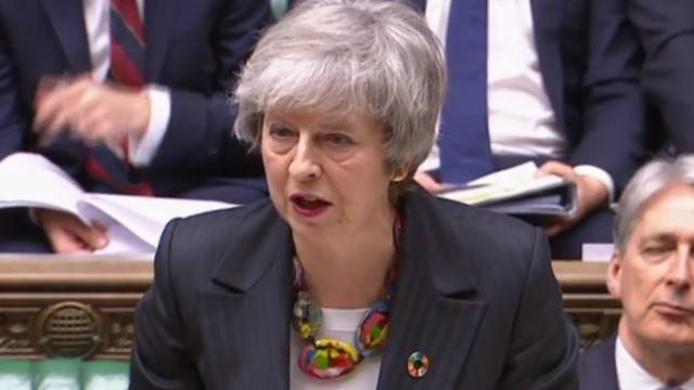 Brexit - Theresa May während einer Rede im britischen Unterhaus