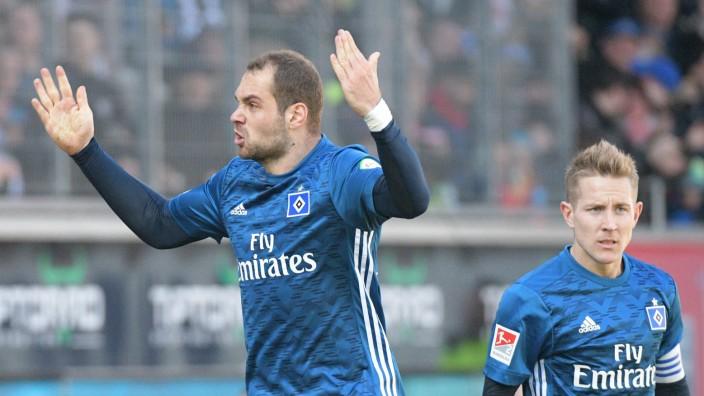 HSV-Stürmer Pierre-Michel Lasogga gegen den 1. FC Heidenheim