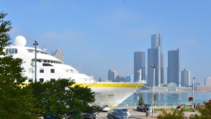 Kreuzfahrt von Montreal nach Chicago: Die Fahrt führt auch an Windsor (Kanada) vorbei, der Nachbarstadt von Detroit.