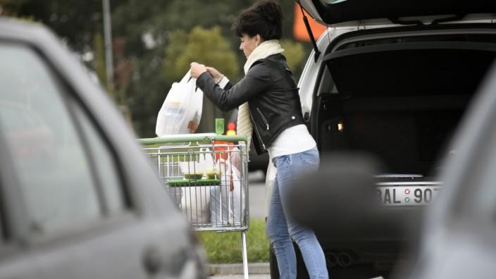 Shopping, supermarket Globus, people, cart, woman, car