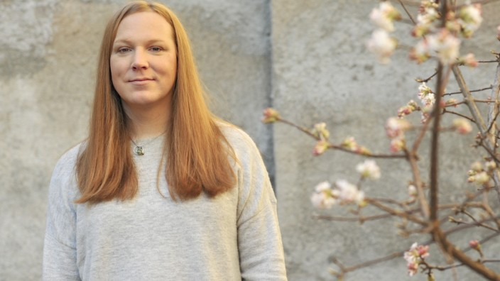 """Geschlechtsangleichung: Transmenschen sind überall, sagt Hannah Aram, """"aber man sieht sie kaum, denn die wenigsten trauen sich aus ihrer Community heraus""""."""