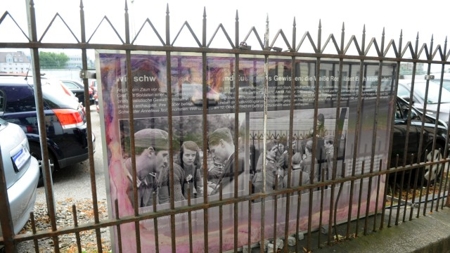 """""""Orleanshöfe"""": An der Orleansstraße steht noch heute der Zaun, an dem Sophie Scholl Abschied nahm von ihrem Bruder Hans und von Christoph Probst."""