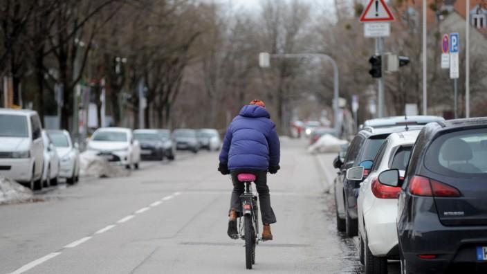 Schwabing: Weitreichende Forderung: Die Heßstraße soll nicht nur als Radroute dienen, sondern auch von Autoverkehr freigehalten werden, schlägt Herzog vor.