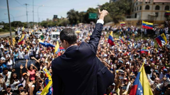 Venezuela: Juan Guaidó versammelt seine Anhänger nach seiner Rückkehr nach Caracas.