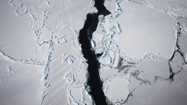 NASA's Operation IceBridge Maps Changes To Antartica's Ice Mass