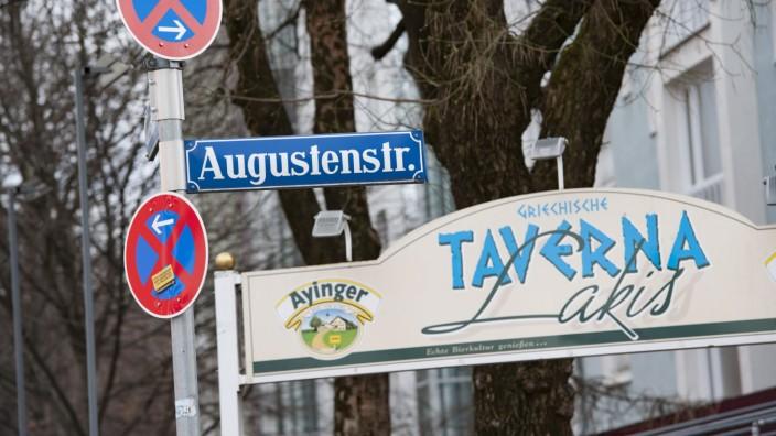 Maxvorstadt: (Kulinarische) Vielfalt in der Augustenstrasse: Schon ewig hier: Taverna Lakis.