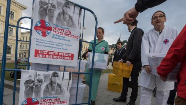Volksbegehren 'Stoppt den Pflegenotstand'
