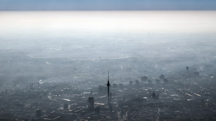 Dunstglocke über Berlin