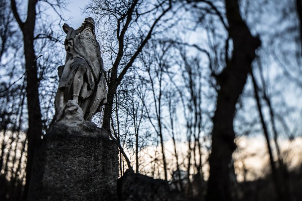 Odin-Statue nördlich des Klinikums Bogenhausen