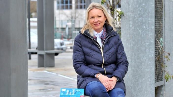 Gilching : Autorin Donja Stempfle 'Vergiss den Tinnitus'