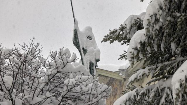 Winzerer Denkmal im Schnee