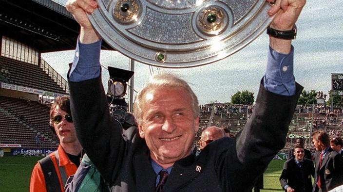FC Bayern München Deutscher Meister 1996 97 Giovanni Trapattoni