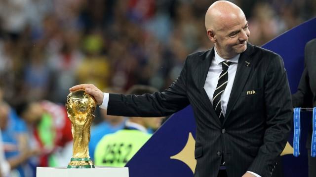 France vs Croatia MOSCOU MO 15 07 2018 FRANCE VS CROATIA FIFA president Gianni Infantino ahead; Infantino