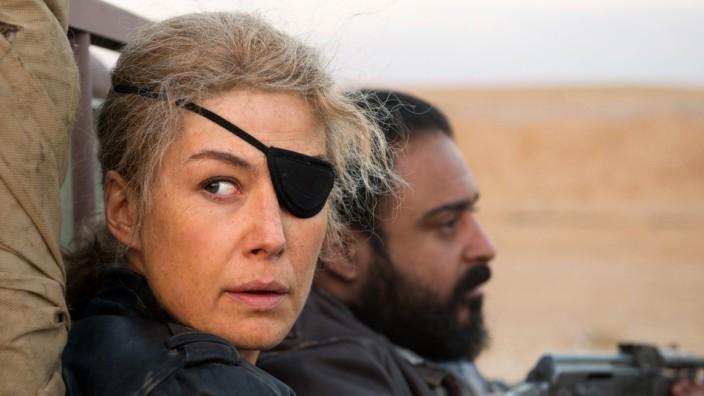 Mediaplayer: Rosamund Pike als US-Kriegsreporterin Marie Colvin.
