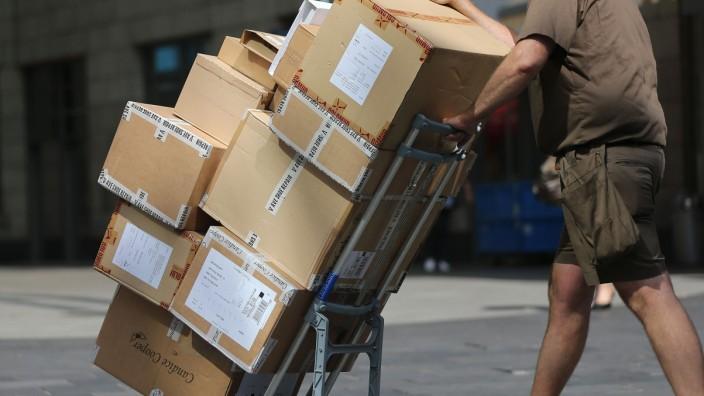 Nürnberg: Paketzusteller kritisiert Arbeitsbedingungen bei