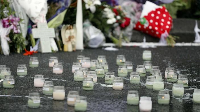 Anschlag in Christchurch: Kerzen zum Gedenken an die Opfer: Es ist wichtig, dass die Öffentlichkeit sachlich über die Tat informiert ist.
