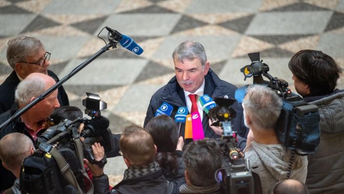 Prozess um Gustl Mollath: Justizopfer fordert hohe Entschädigung.