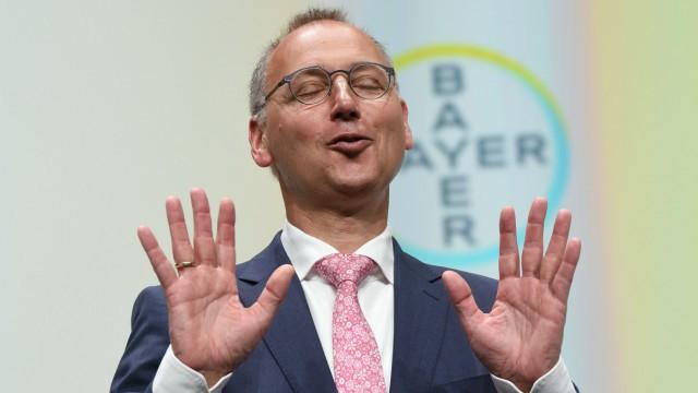 Werner Baumann bei der Bayer AG - Hauptversammlung